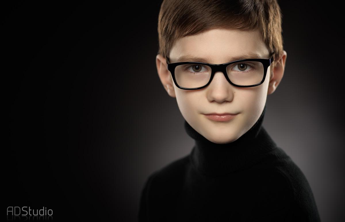 portret studyjny chłopca